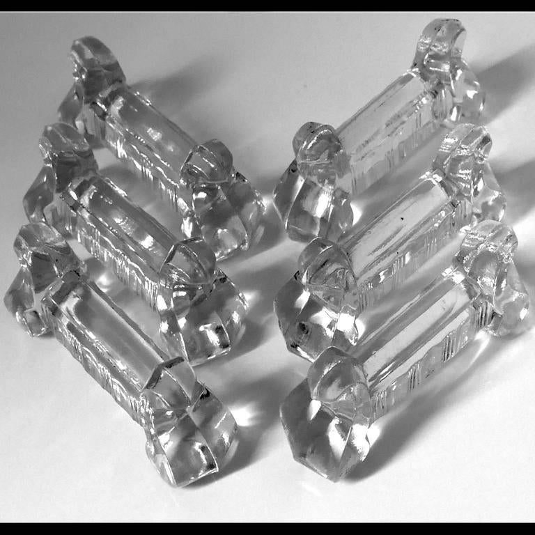 Six molded crystal knife rests. These pieces are unmarked, made prior to the acid etched mark first used by the firm in 1936. Model S501 referenced in the 1907 Baccarat catalog.  To complete this set, don't hesitate to contact us by e-mail, other