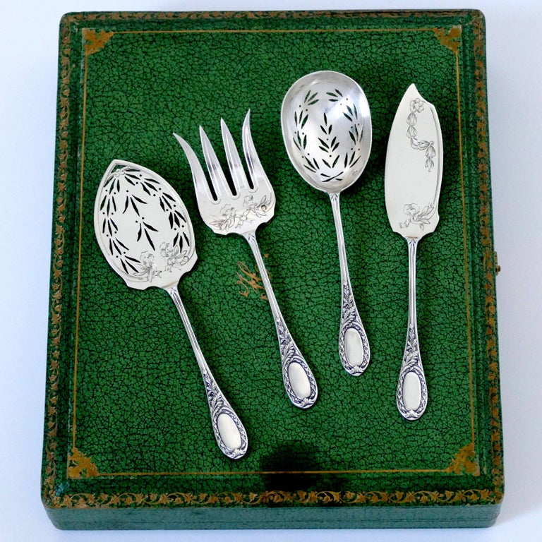 Puiforcat French Sterling Silver Dessert Hors D'oeuvre Set, Box, Neoclassical For Sale 6