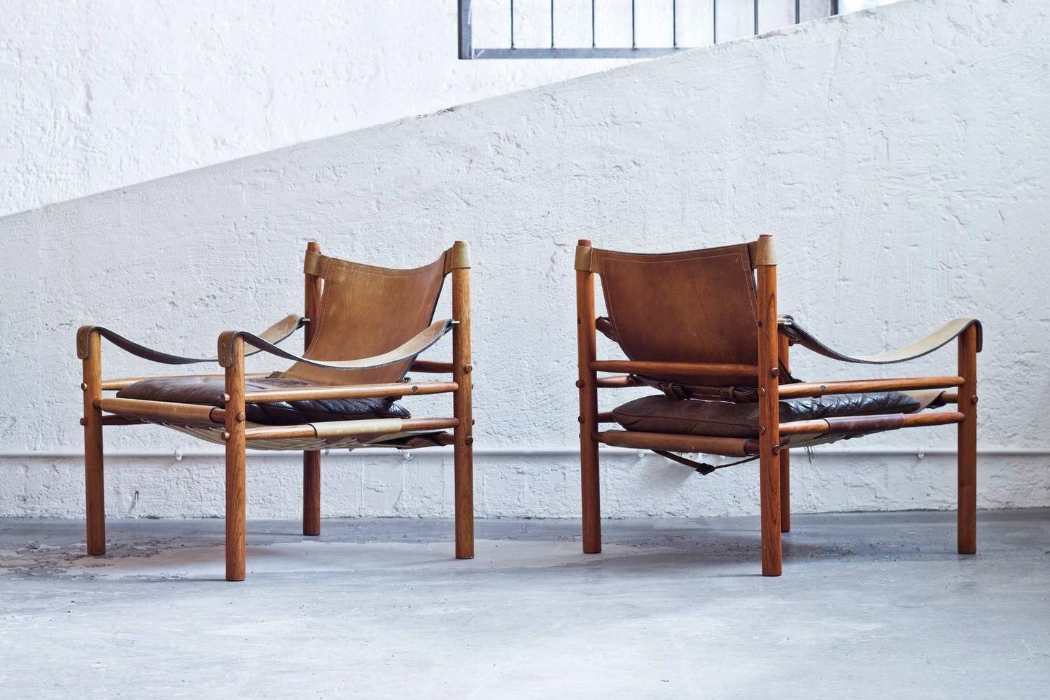 Pair of Leather Sirocco Safari Chairs by Arne Norell at