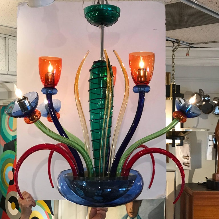 Colorful Italian Artimede Ve-Art Glass Chandelier in the Manner of Gio Ponti In Excellent Condition For Sale In Atlanta, GA