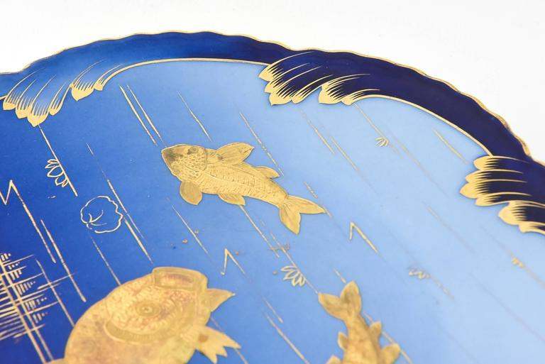 Pair of 19th Century Porcelain Gold and Blue Fish Plates By Pirkenhammer For Sale 1