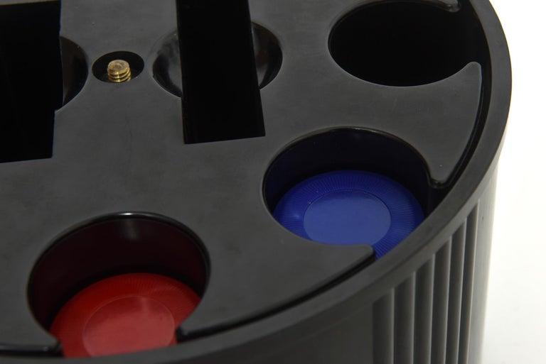 Art Deco Black Bakelite Poker Chip Holder Caddy In Good Condition For Sale In Miami Beach, FL