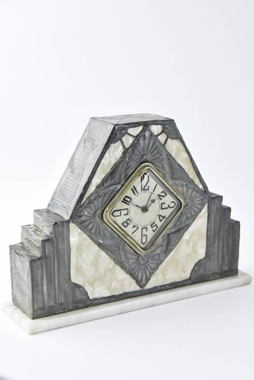 French Art Nouveau Clock and Vase Set by R. Ragu For Sale 3
