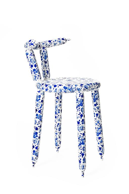 delft blue carbon chair by marcel wanders for sale at 1stdibs. Black Bedroom Furniture Sets. Home Design Ideas