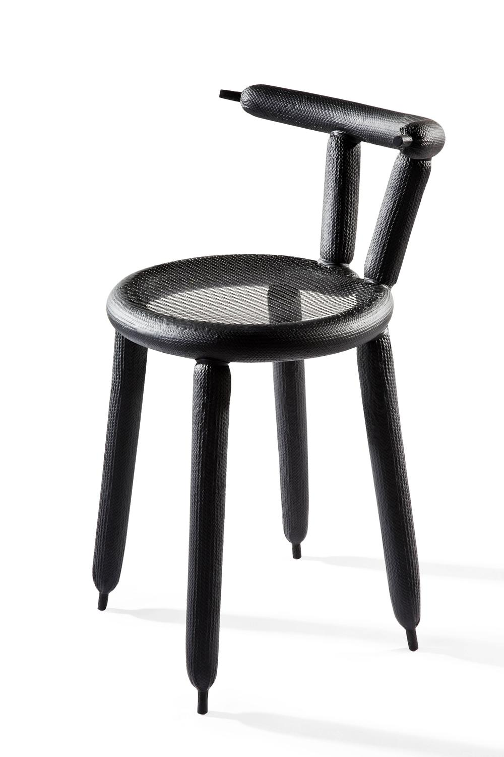 black carbon balloon chair by marcel wanders for sale at 1stdibs. Black Bedroom Furniture Sets. Home Design Ideas