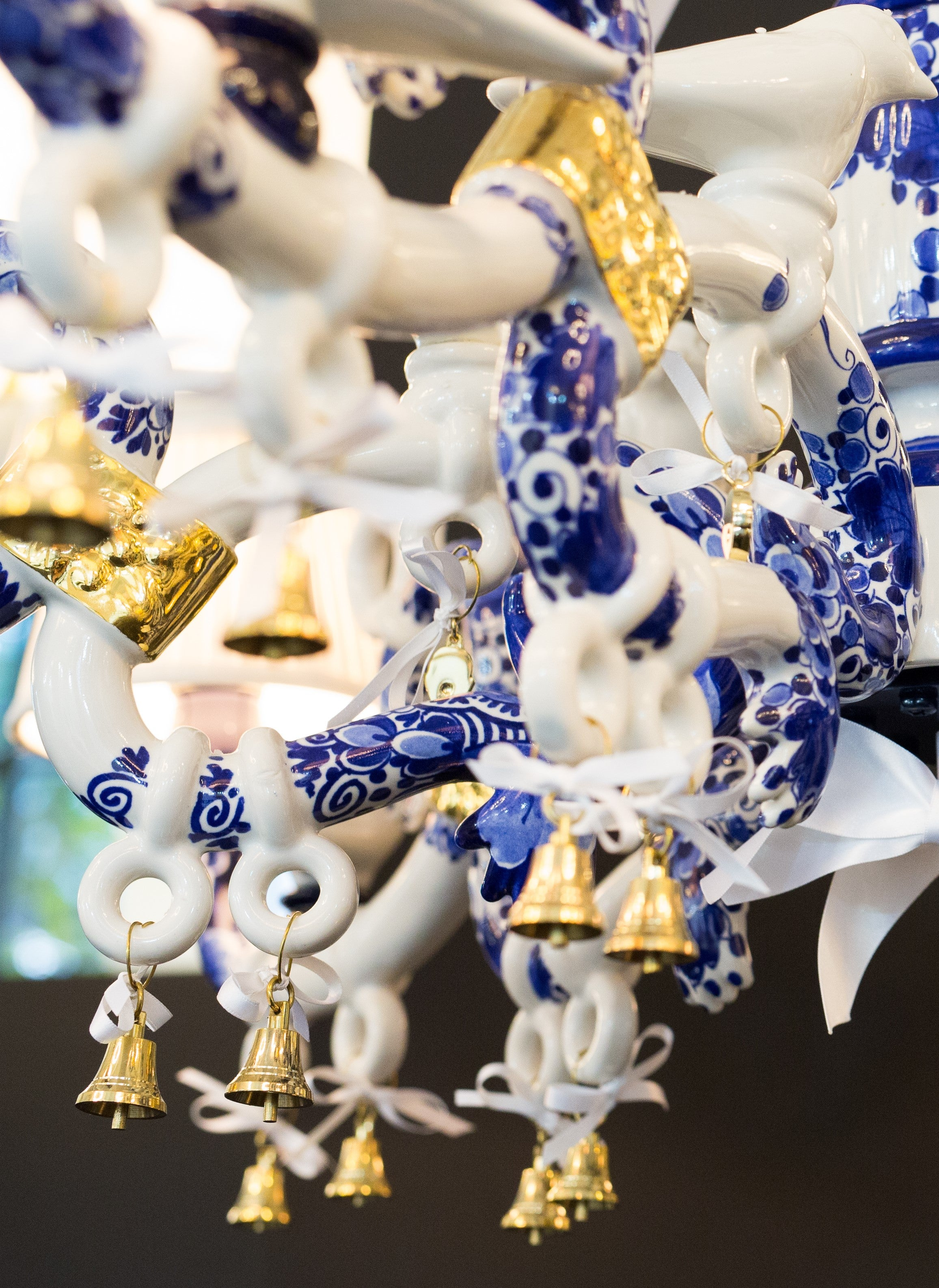 Delft blue chandelier by marcel wanders at 1stdibs arubaitofo Images