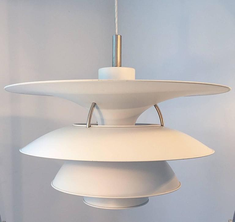X-Large Ceiling Lamp Charlottenborg by Poul Henningsen for Louis Poulsen In Excellent Condition For Sale In Haderslev, DK