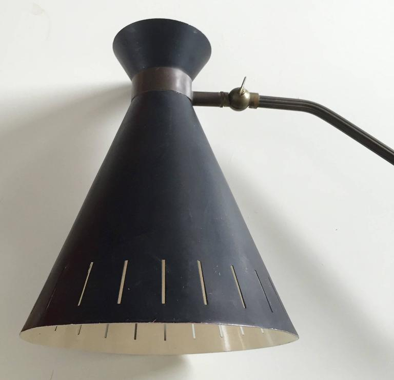 Mid-Century Stilnovo Brass and Black Metal Wall Lamp Attributed to Holm S?rensen For Sale at 1stdibs