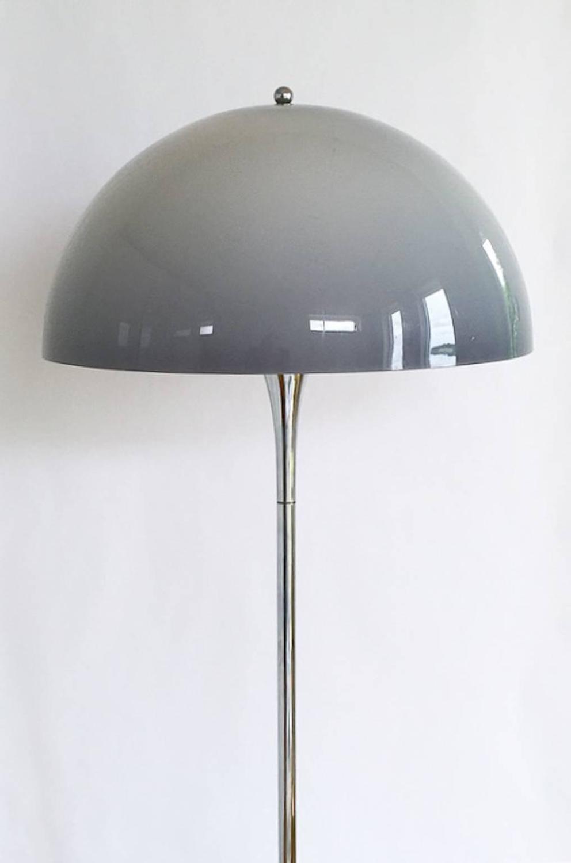 rare chrome floor light panthella by verner panton for louis poulsen for sale at 1stdibs. Black Bedroom Furniture Sets. Home Design Ideas