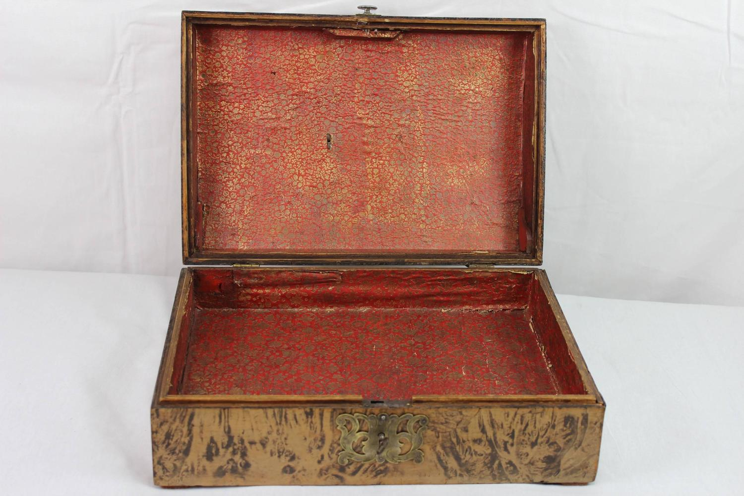 17th Century German Burl Walnut Box With Secret Compartment For Sale At 1stdibs