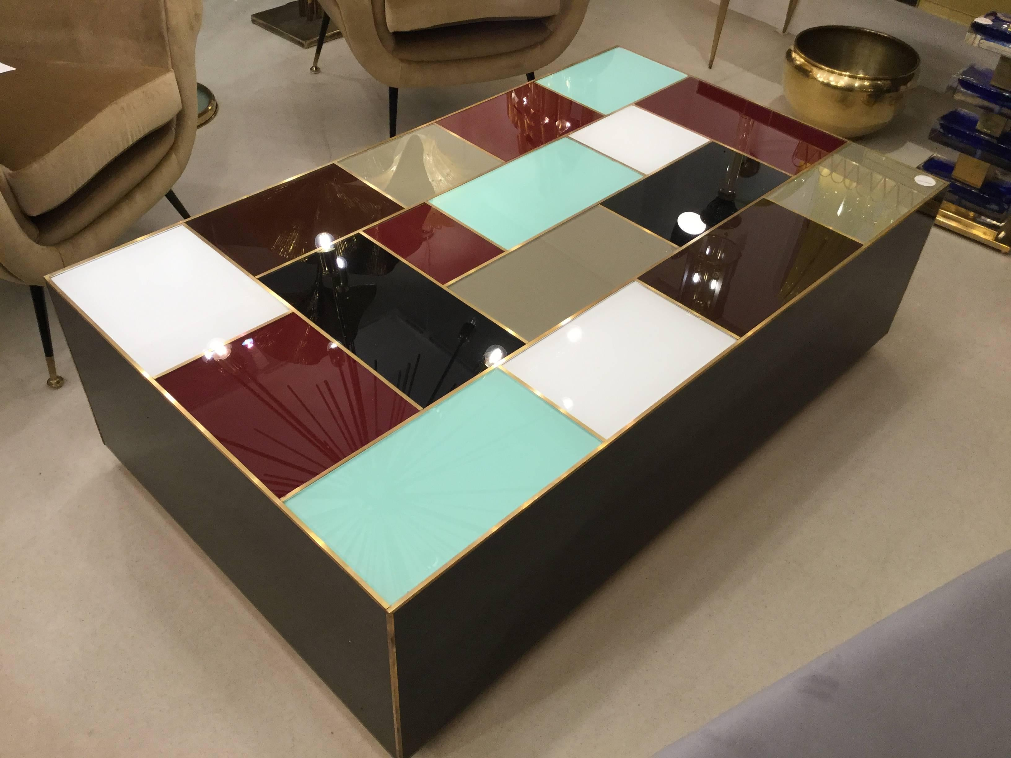 Italian Post Modernist Cocktail Coffee Table In Multi Color Glass, 1980 In  Excellent Condition