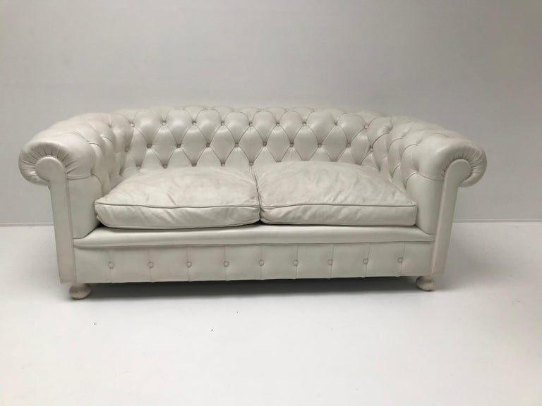 British White Chesterfield, Very Nice Patina For Sale