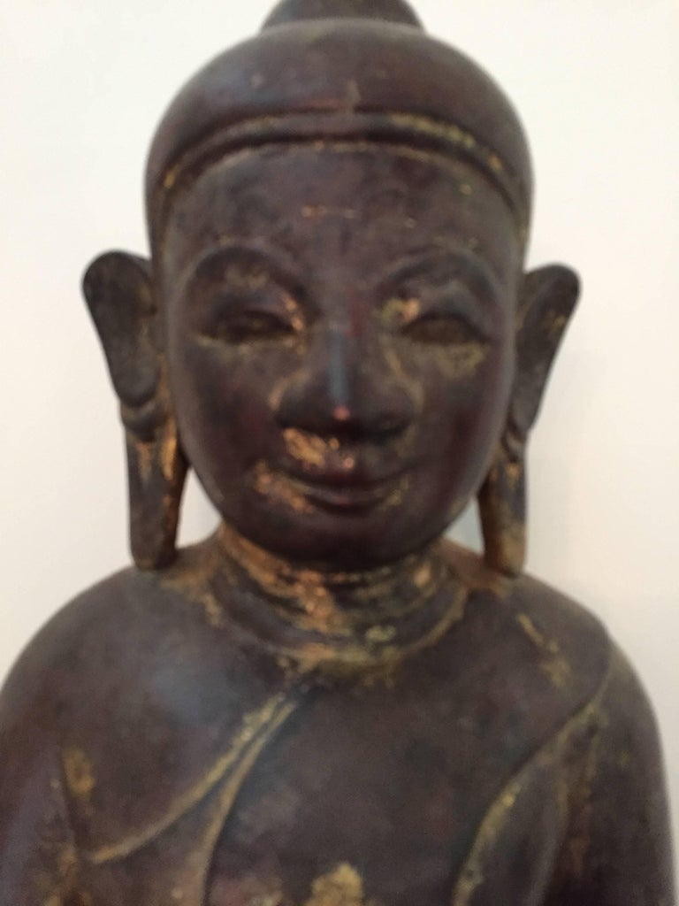 Burmese Wooden Buddha, 18th Century In Good Condition For Sale In Schellebelle, BE