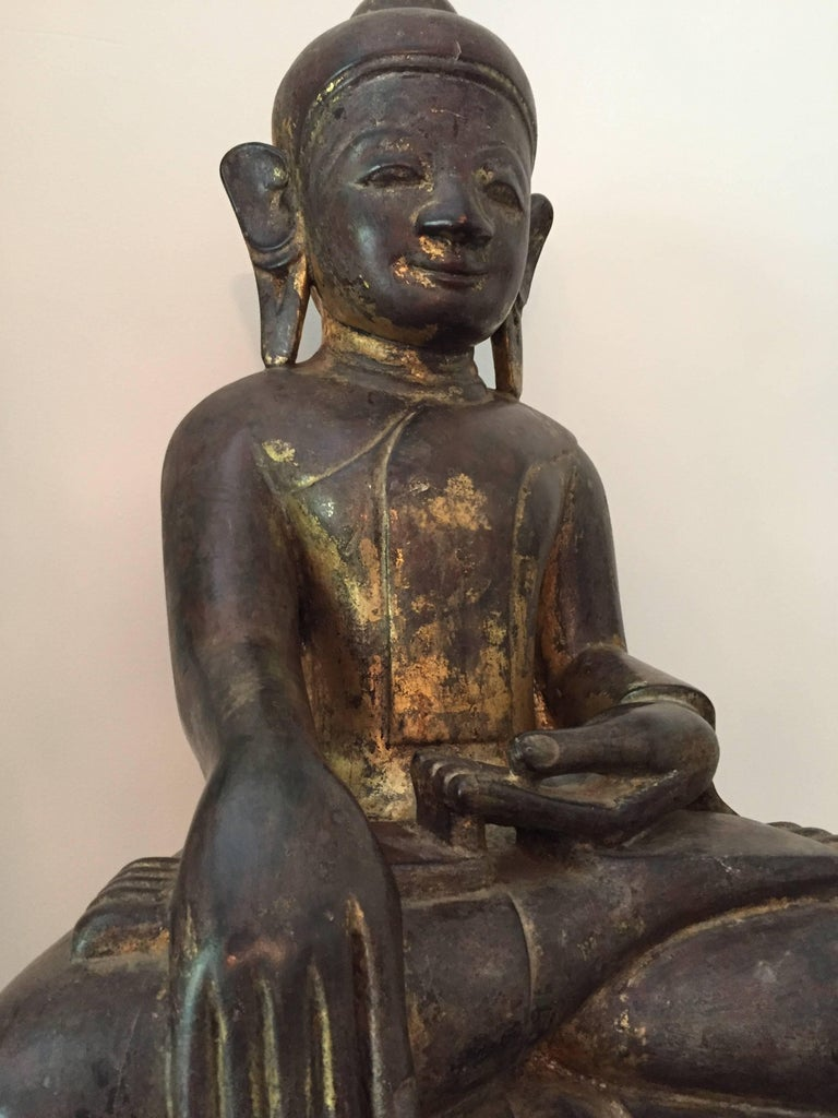 Burmese Wooden Buddha, 18th Century For Sale 5
