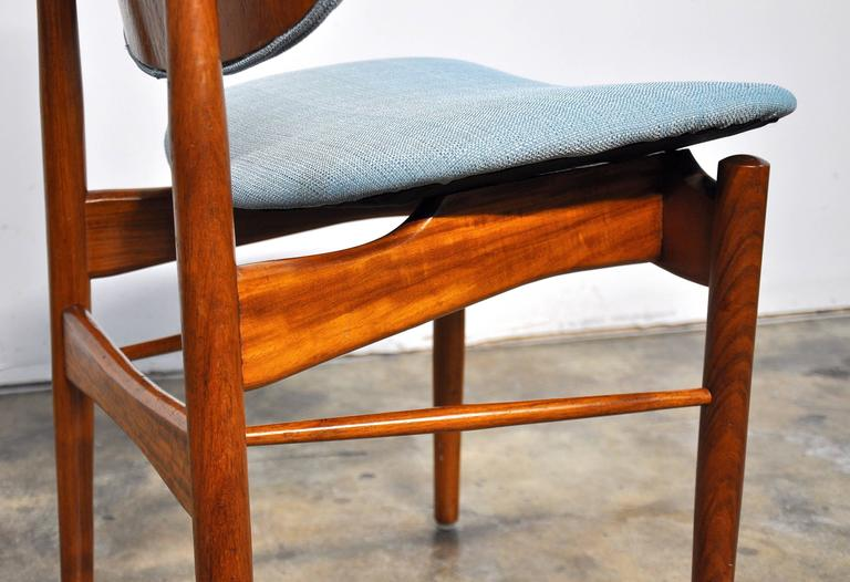 Set of Four Teak Dining Chairs, Attributed to Finn Juhl For Sale 4