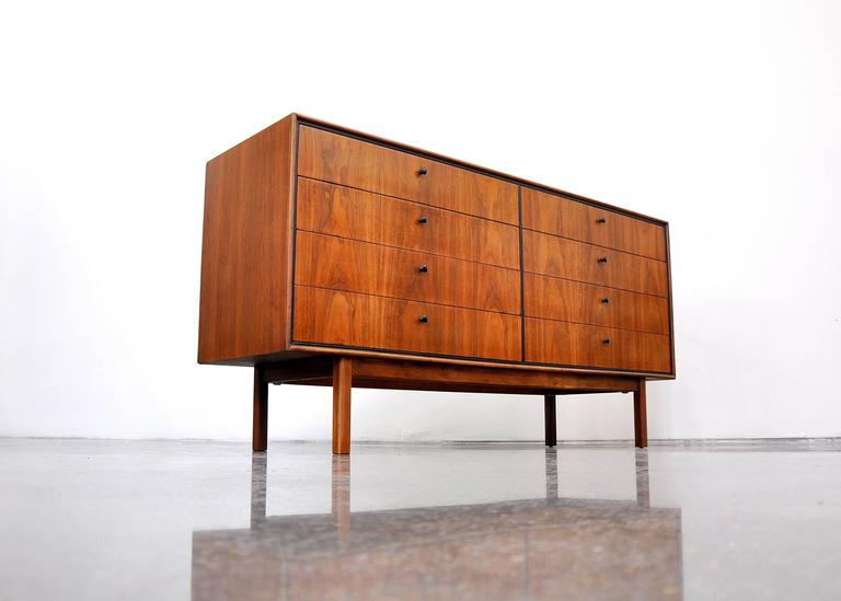 Milo Baughman for Arch Gordon Walnut Double Dresser 10