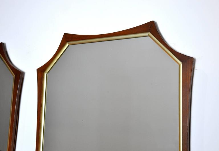 Pair of Sculptural Mid-Century Modern Walnut and Brass Mirrors In Good Condition For Sale In Miami, FL