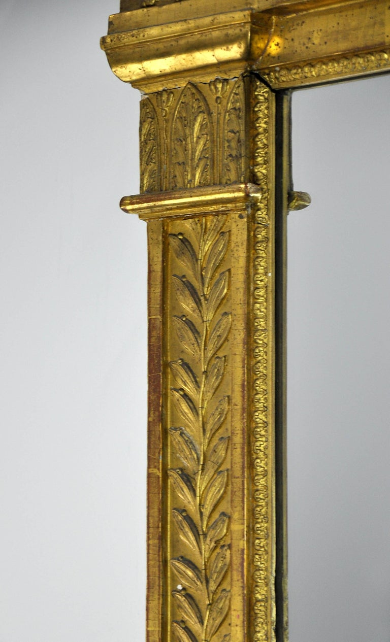 French First Empire Gilt Neoclassical Mirror, Early 19th Century For Sale 1