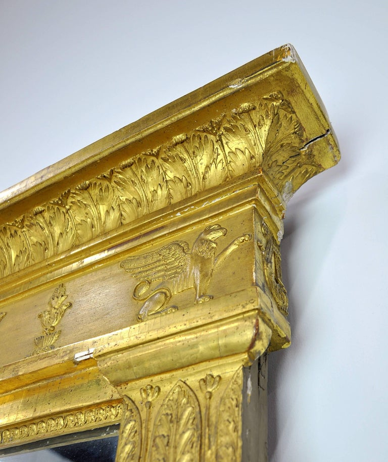 French First Empire Gilt Neoclassical Mirror, Early 19th Century For Sale 2