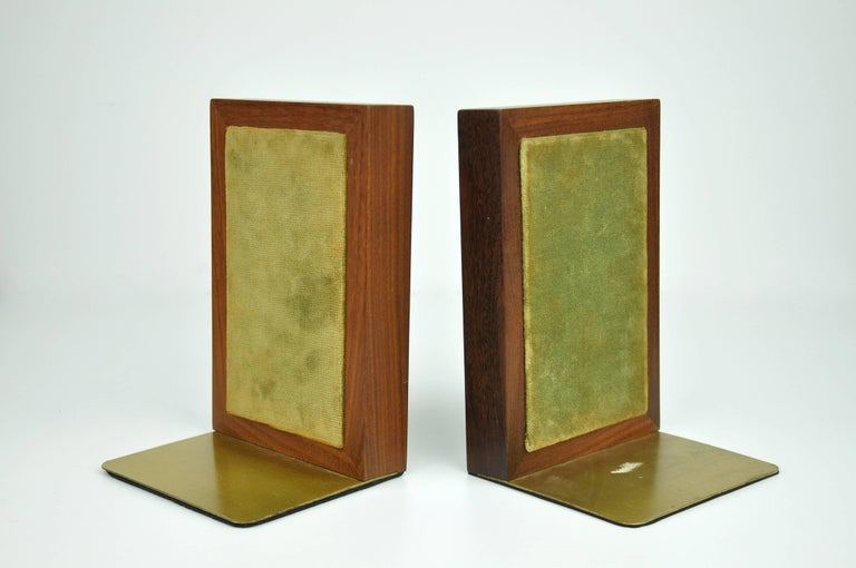 Mid-20th Century Pair of Jane & Gordon Martz for Marshall Studios Tiled Walnut and Brass Bookends For Sale