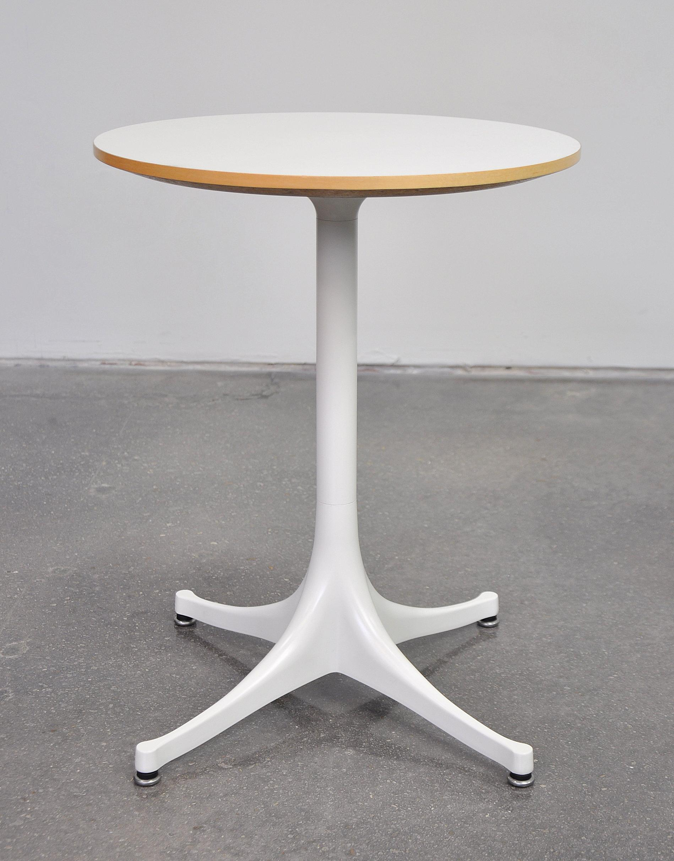 Mid Century Modern George Nelson For Herman Miller Pedestal Side Table For  Sale