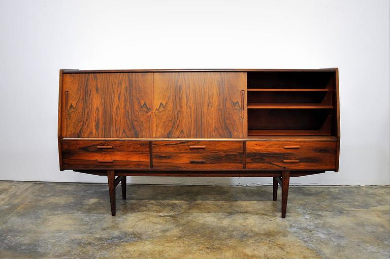 Borge Seindal Rosewood Dry Bar Sideboard, Vestergaard Mobler, Denmark, 1960s In Good Condition In Miami, FL