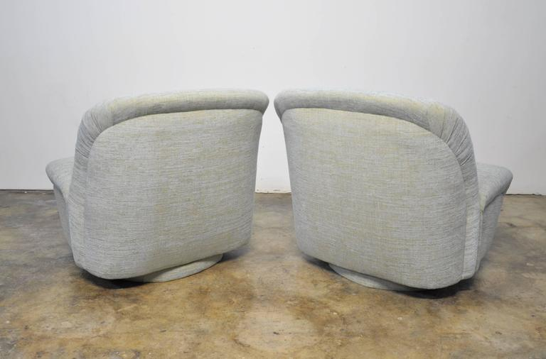 Mid Century Modern Directional Swivel Rocking Lounge Chairs For Sale