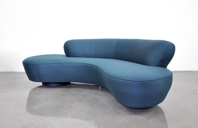 Mid-Century Modern Vladimir Kagan Directional Serpentine Sofa For Sale