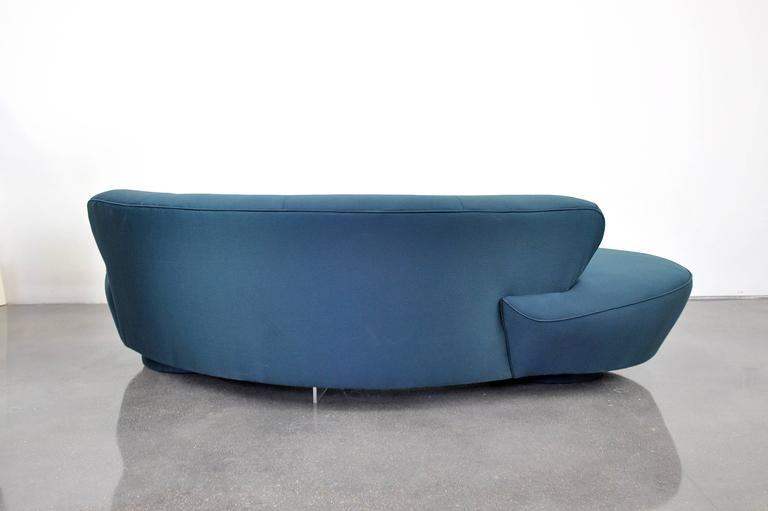 Vladimir Kagan Directional Serpentine Sofa For Sale 3