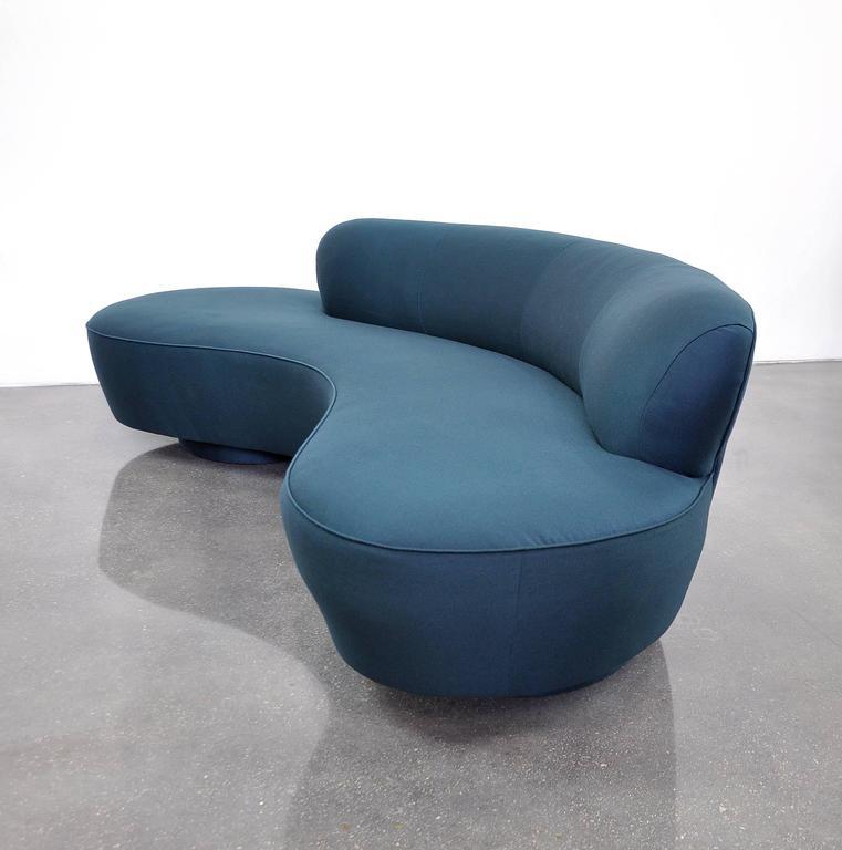 Vladimir Kagan Directional Serpentine Sofa For Sale 1