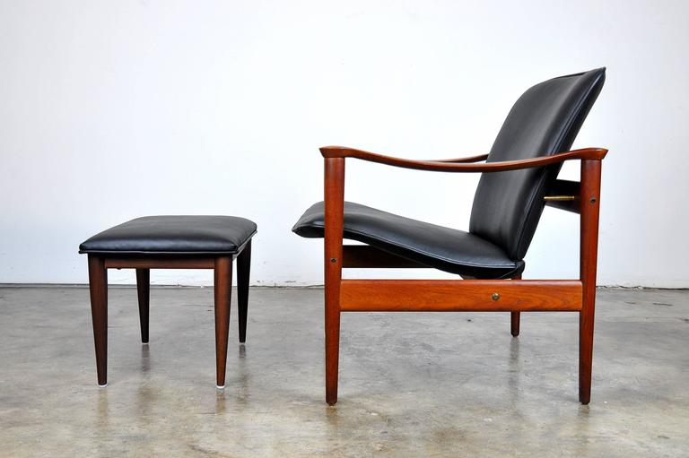 Fredrik Kayser for Vatne Møbler Teak Lounge Chair and Ottoman 2