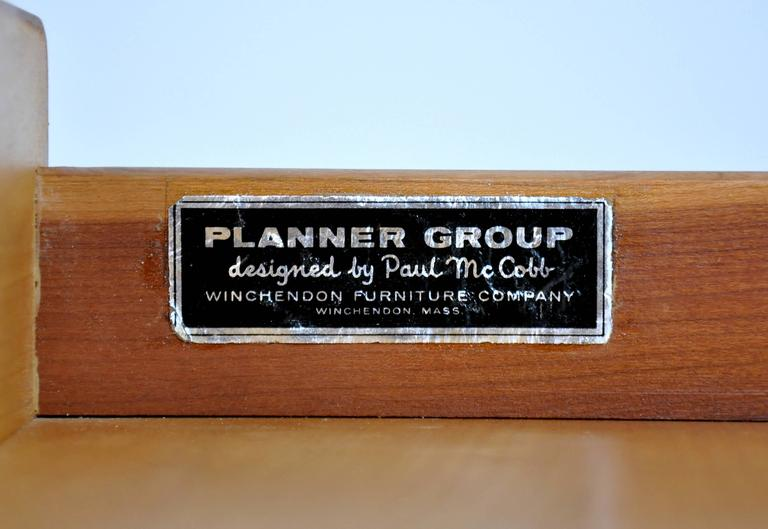 Paul McCobb Maple Desk or Vanity Table For Sale 1