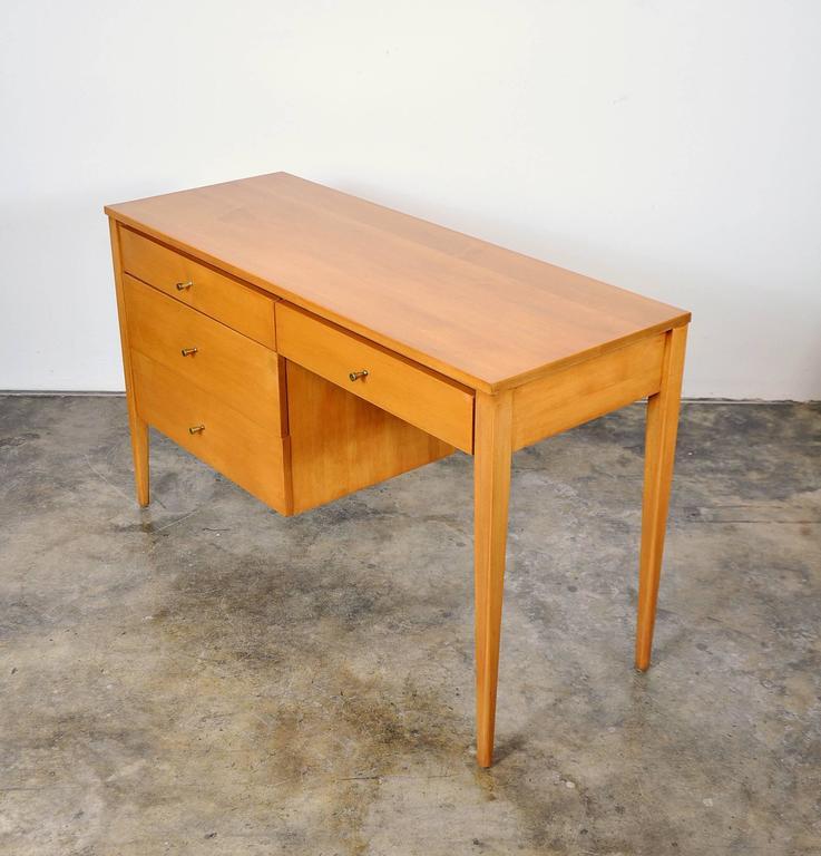 American Paul McCobb Maple Desk or Vanity Table For Sale