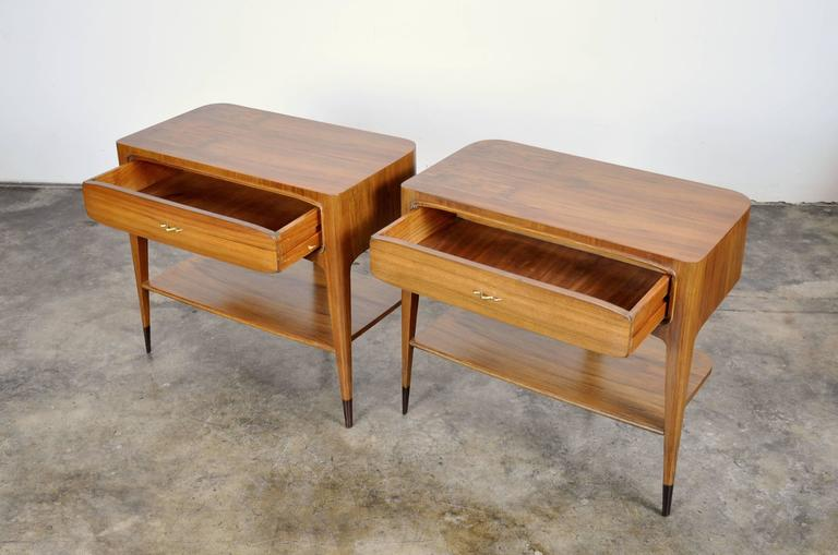 Italian Pair of Night Stands Attributed to Paolo Buffa For Sale