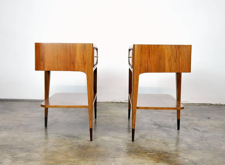 Pair of Night Stands Attributed to Paolo Buffa In Excellent Condition For Sale In Miami, FL
