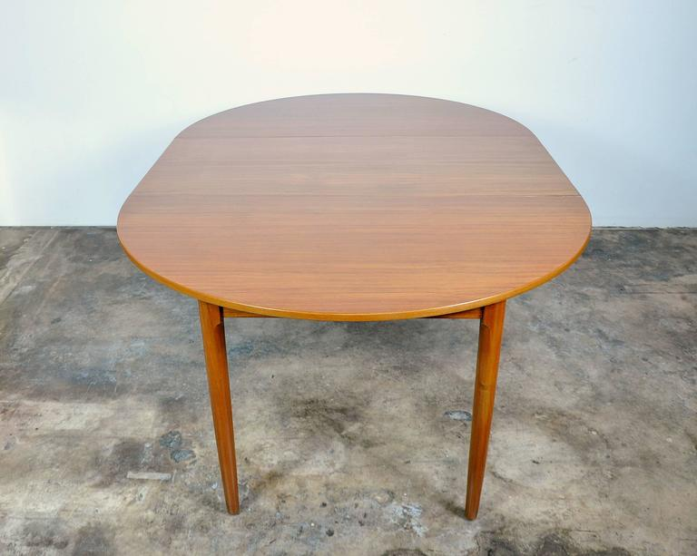 Falster Teak Expandable Dining Table In Excellent Condition For Sale In Miami, FL