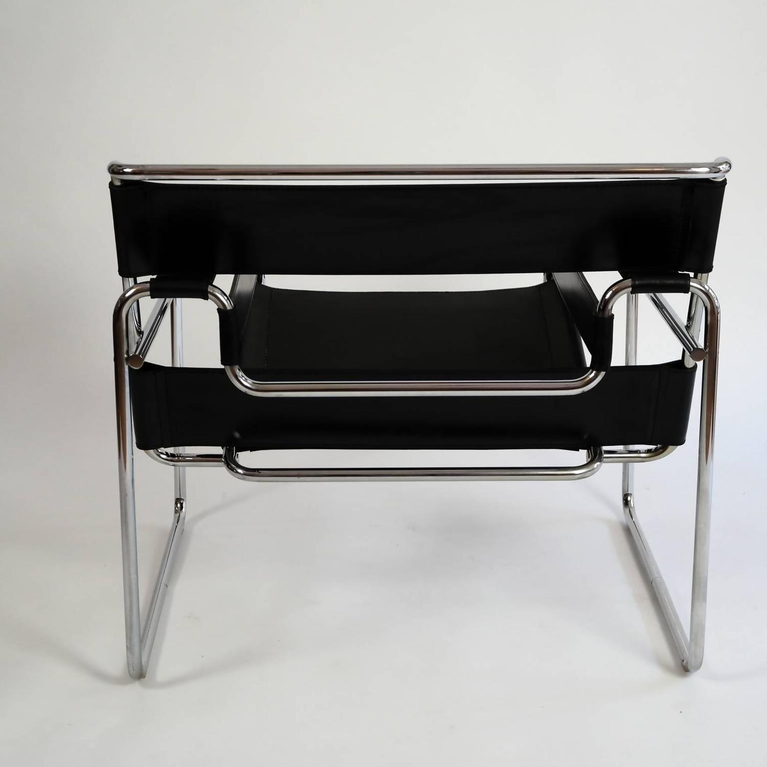 Original bauhaus wassily lounge chair by marcel breuer for sale at