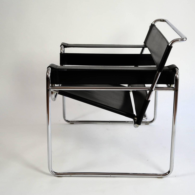 original bauhaus wassily lounge chair by marcel breuer for sale at 1stdibs. Black Bedroom Furniture Sets. Home Design Ideas