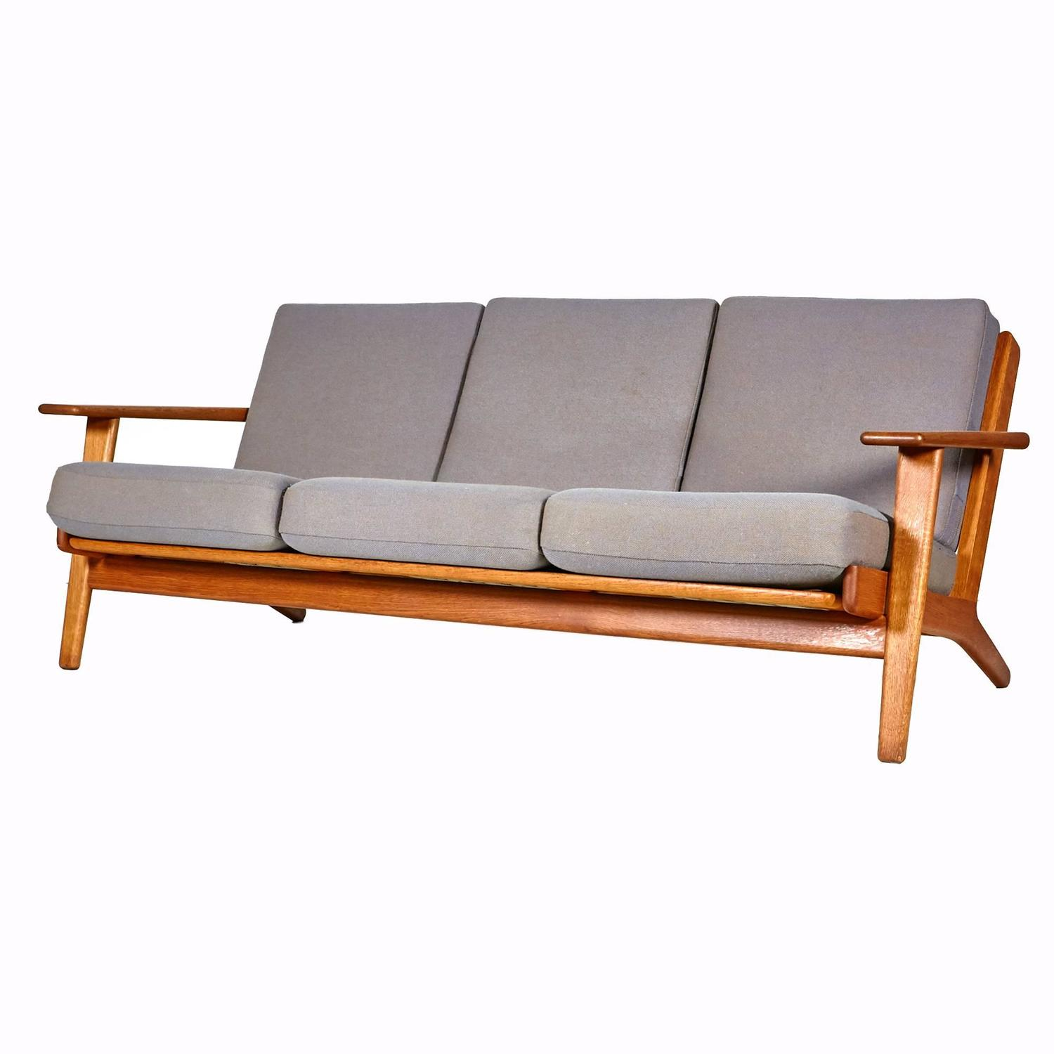 hans j wegner sofa ge 290 in oak for getama at 1stdibs. Black Bedroom Furniture Sets. Home Design Ideas