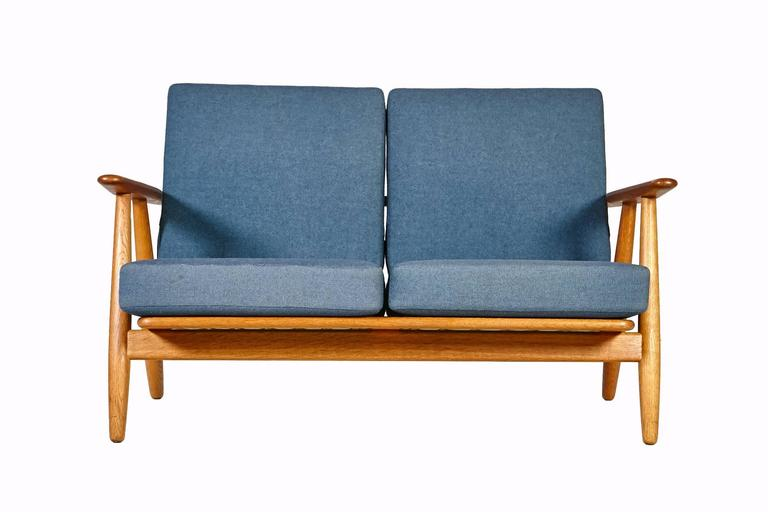 Hans J. Wegner GE 240 Cigar Sofa In Oak For GETAMA 2