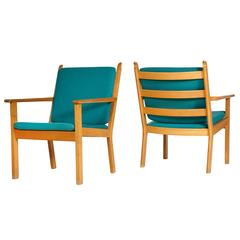 Hans J. Wegner Oak Lounge Chairs by GETAMA, Pair