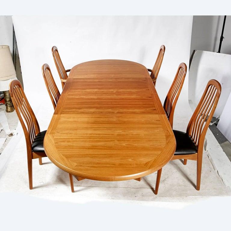 Benny Linden Scandinavian Style Teak Dining Room Set For