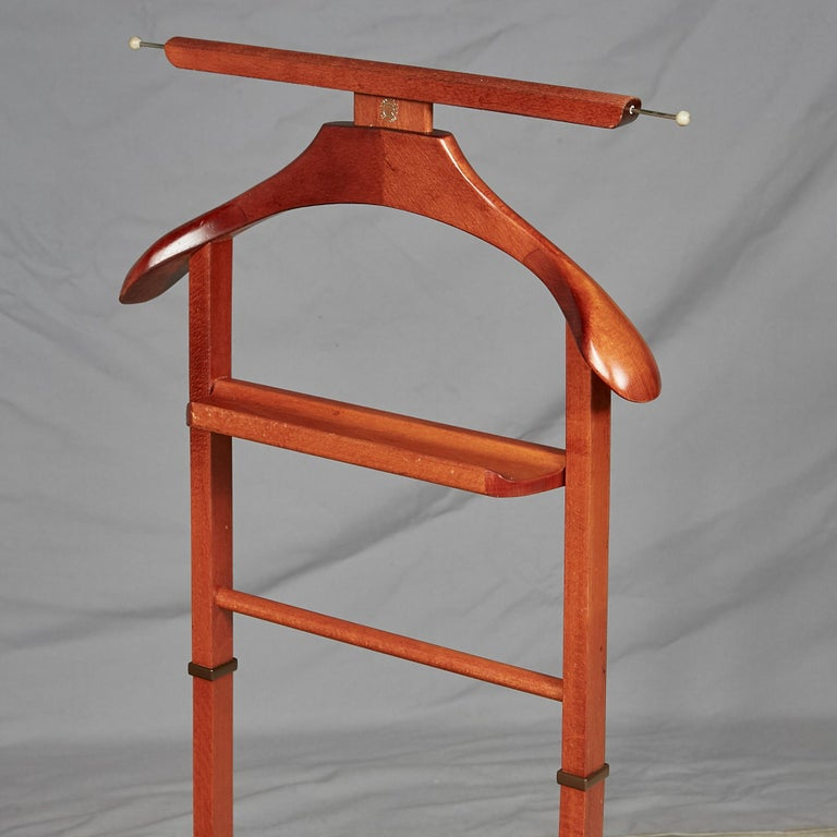 Italian Cherrywood Valet by Ico Parisi for Fratelli Reguitti In Excellent Condition For Sale In Amherst, NH