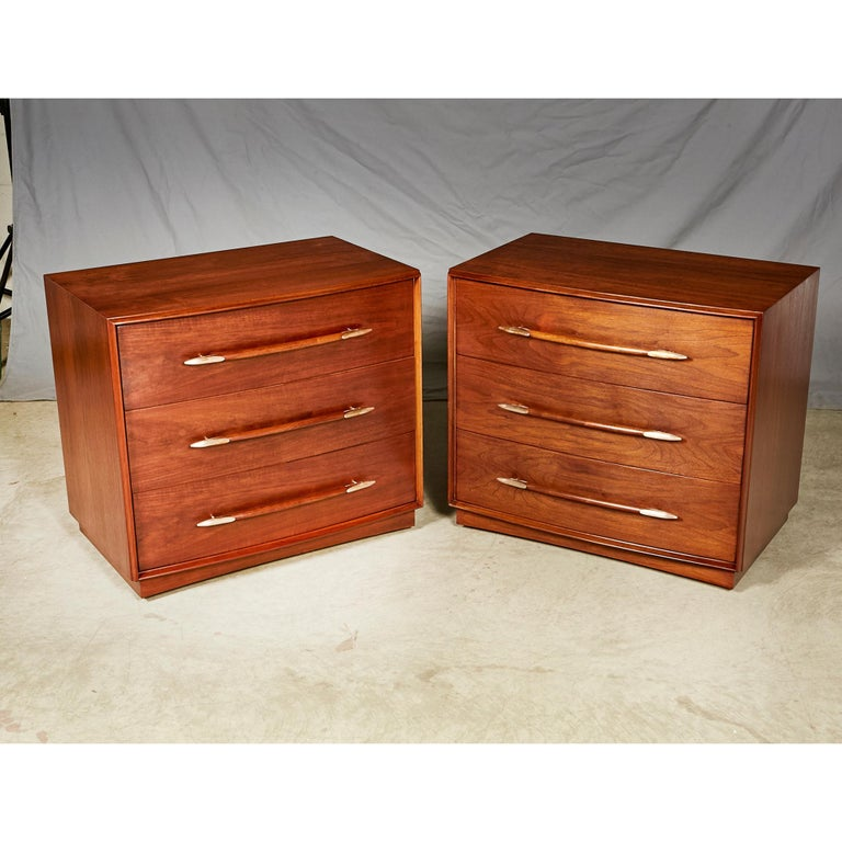 Mid-Century Modern 1950s Chest of Drawers by T.H.Robsjohn-Gibbings for Widdicomb Furniture, Pair For Sale