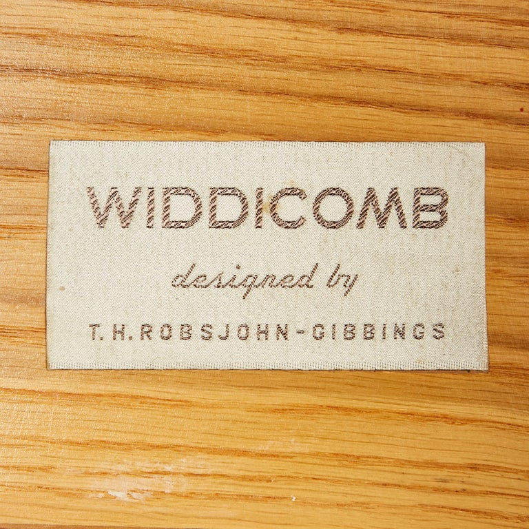 20th Century 1950s Chest of Drawers by T.H.Robsjohn-Gibbings for Widdicomb Furniture, Pair For Sale