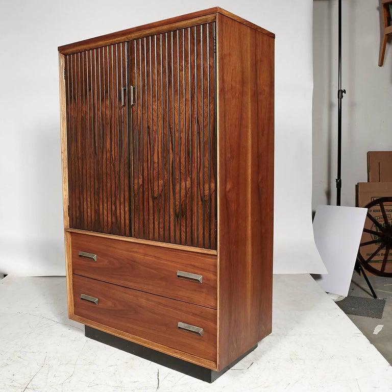 Basset Funiture: 1960s Bassett Furniture Walnut Tall Dresser At 1stdibs