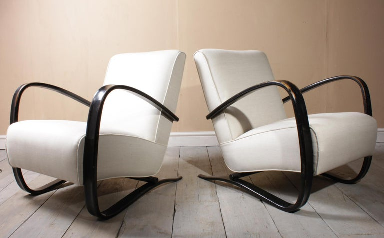 Halabala Armchairs H269 In Good Condition For Sale In Paddock Wood, Kent