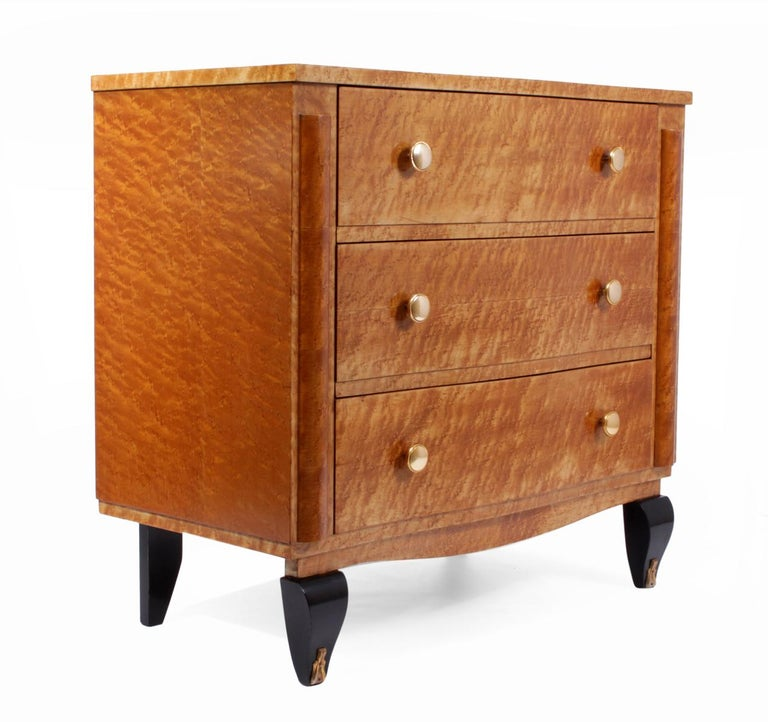Mid-20th Century Art Deco Chest of Drawers in Bird's-Eye Maple For Sale