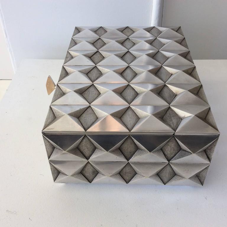 Kostbare Schachtel aus vergoldetem Silber im Diamant-Design, Frankreich, 1970er Jahre 4