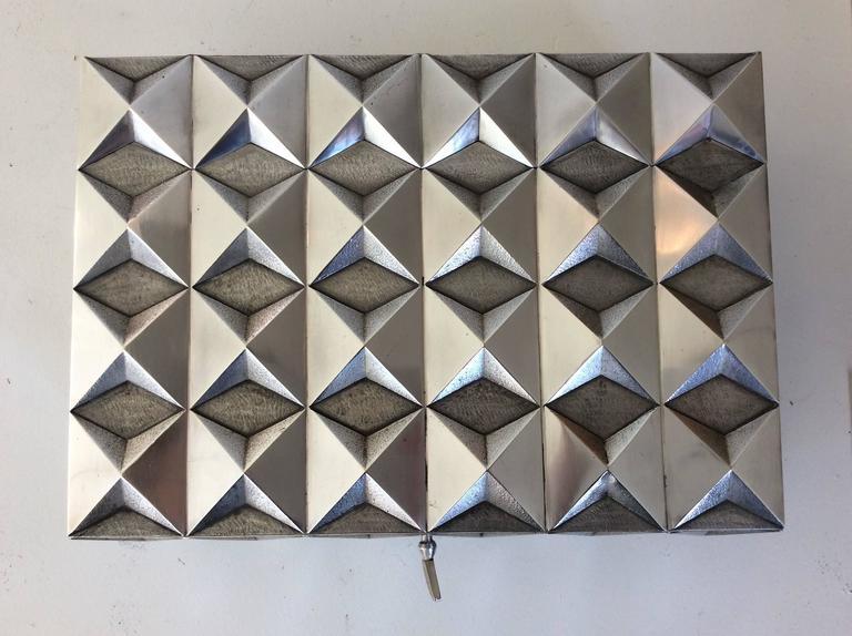 Kostbare Schachtel aus vergoldetem Silber im Diamant-Design, Frankreich, 1970er Jahre 7